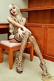 Long dick ladyboy in leopard lingerie