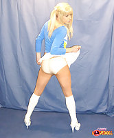 Tranny poses in pantyhose & pants