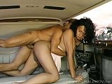 Big cocked tranny Leah gets fucked in back of Limo