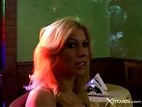 Meeting with big dicked tranny in a cafe