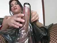 Titty shemale in stockings in leather