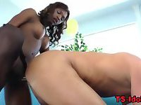 Ebony tranny rams and sucks