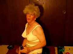 Granny Crossdresser Dildo Fucking at gotranny.com