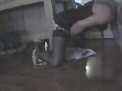 Solo Travesti Wanking On The Floor at sexodirectory.com