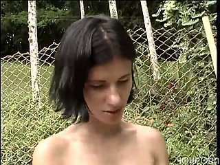 Girlie fucks a tranny with a strap-on