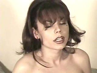 Corseted Kimberly Devine looks amazing