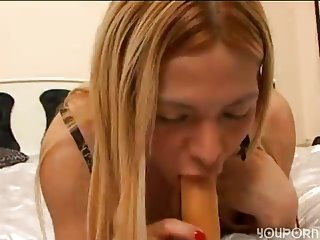 Randy amateur shemale solo with dildo