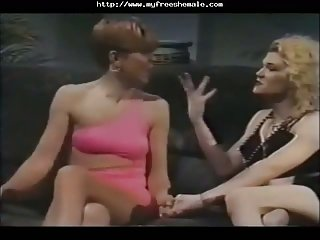 Vintage Shemale And Chick In Action