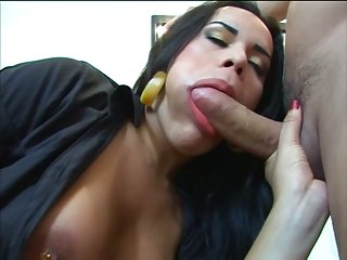 Latina shemale loves to be fucked