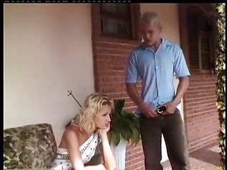 Blonde tranny in outdoor fucking