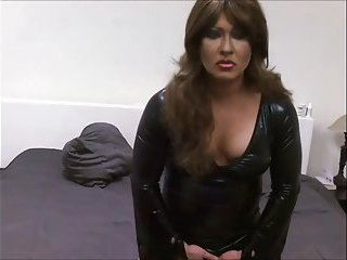 Webcamming Crossdresser