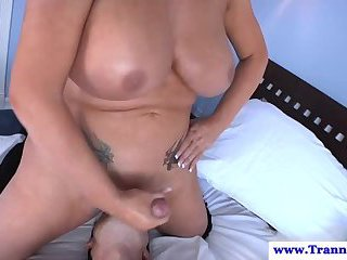Amateur tranny shemale cums on guys face