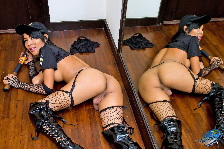 posmotret-prosmatrivaemie-porno-video-uniforma-naroshennie-nogti-porno-onlayn